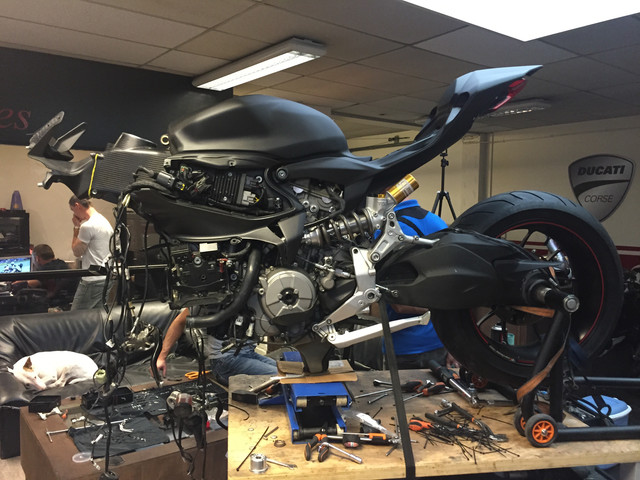 BMW S1000RR 2019 - Page 10 IMG-1250