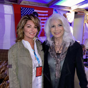 shania-emmylouharris-countrynightgstaad091121-1
