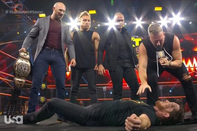 Pat McAfee luchador de WWE Pete Dunne Vuelve