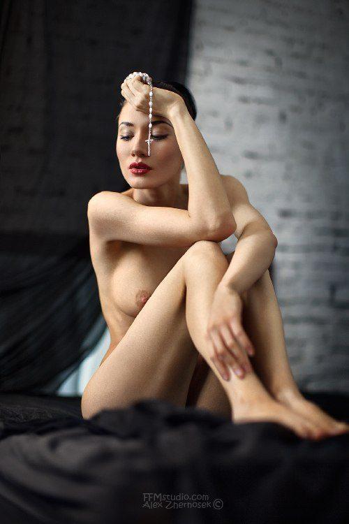 Ulyana-Ashurko-nude-26