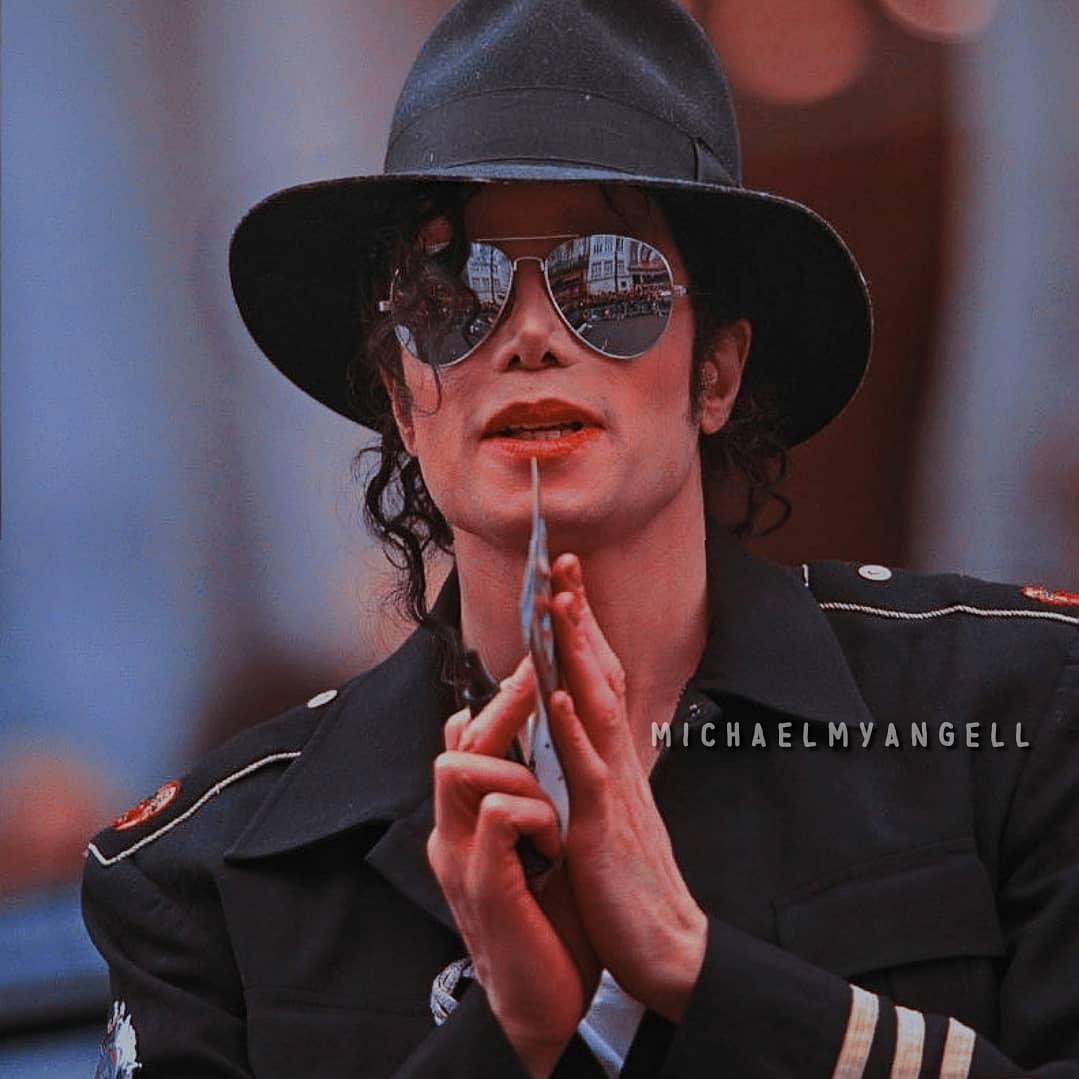 The-King-of-Pop-Michael-Joseph-Jackson