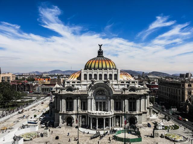 Canva-Palacio-de-Bellas-Artes.jpg