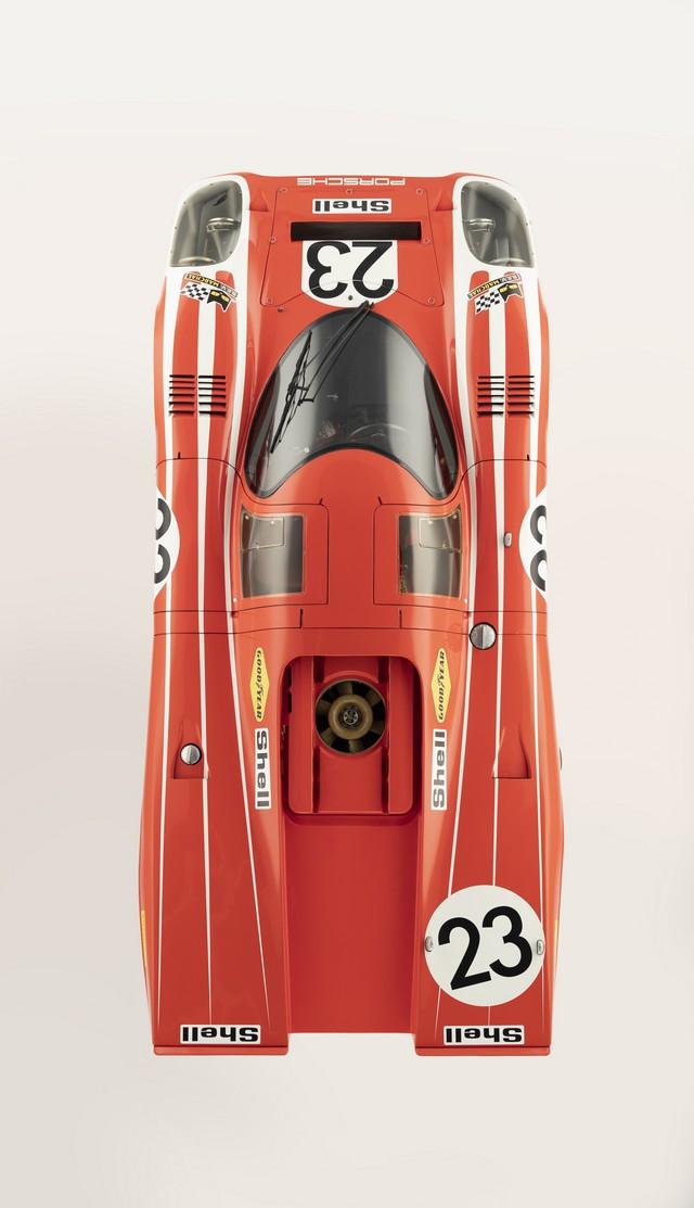 Porsche réuni six prototypes vainqueurs au classement général au Mans S20-4251-fine