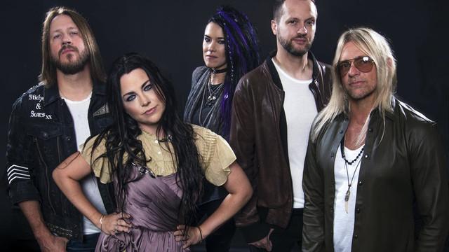Evanescence-Promo-2019.jpg