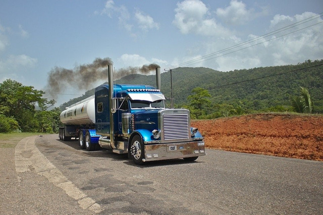 3 Tips For Filing A Successful Lawsuit After A Tanker Truck Accident