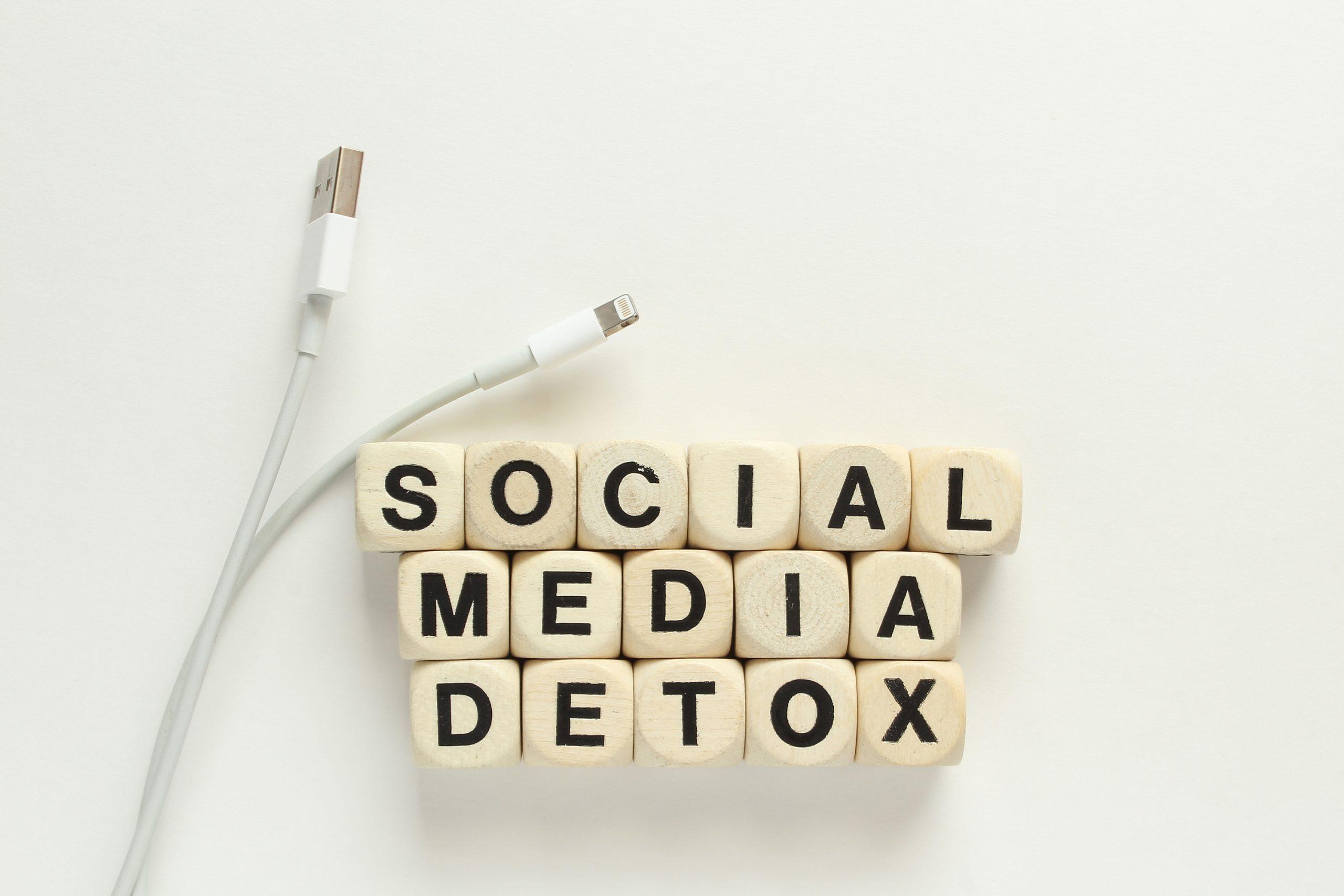How to do Social media Fasting-7 Tips
