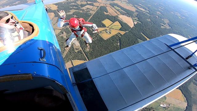 TA-skydive-1