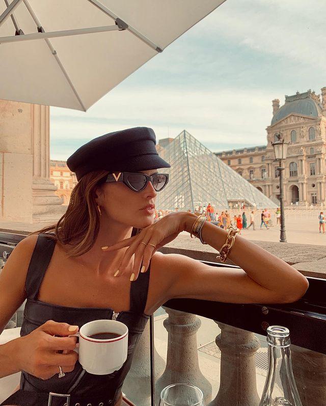 Photo-by-Izabel-Goulart-in-Paris