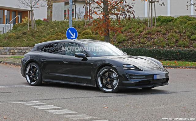 2020 - [Porsche] Taycan Sport Turismo - Page 3 CE1-A44-CE-E040-4626-AFE2-17-C3022445-FD