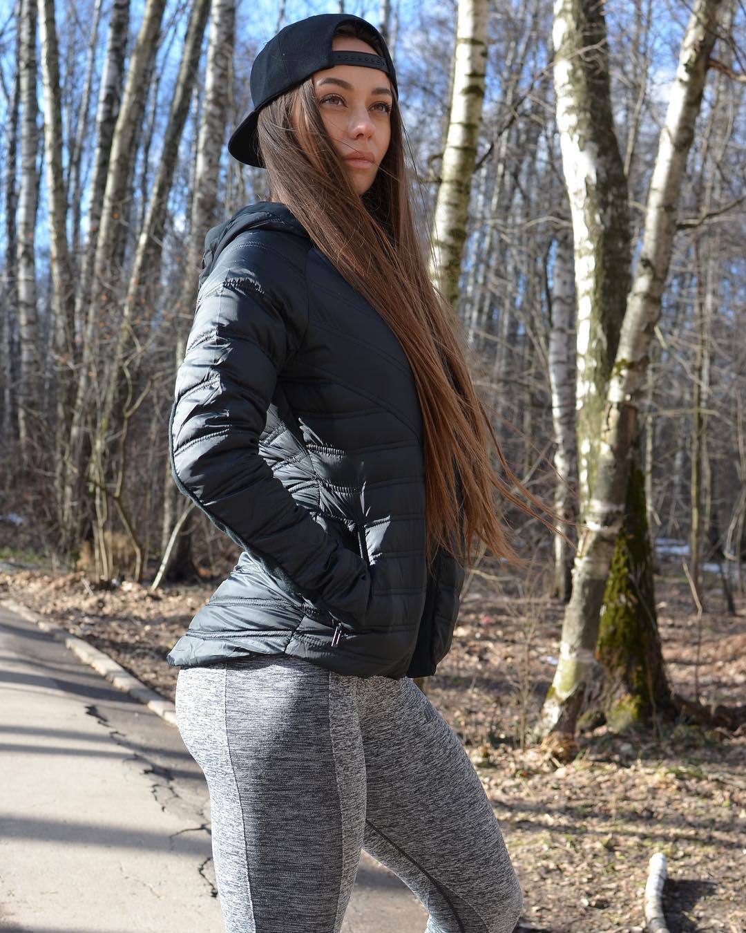 Katrin-Shok-Wallpapers-Insta-Biography-2