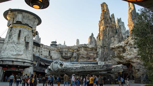 [Disneyland Park] Star Wars: Galaxy's Edge (31 mai 2019) - Page 38 Xxx1