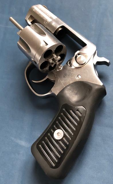 revolver-1