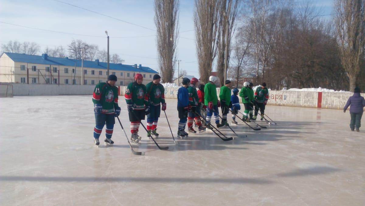 Изображение из альбома Токаревский районный турнир по хоккею