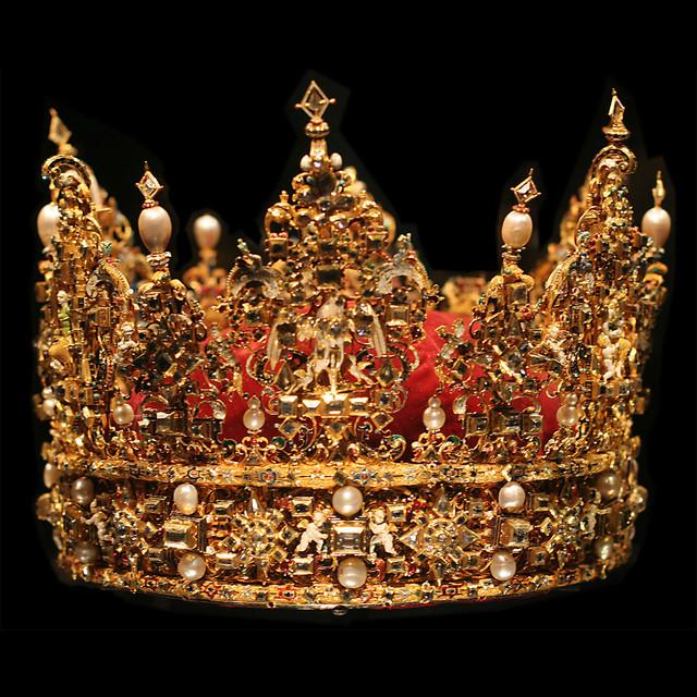 red-crown.jpg