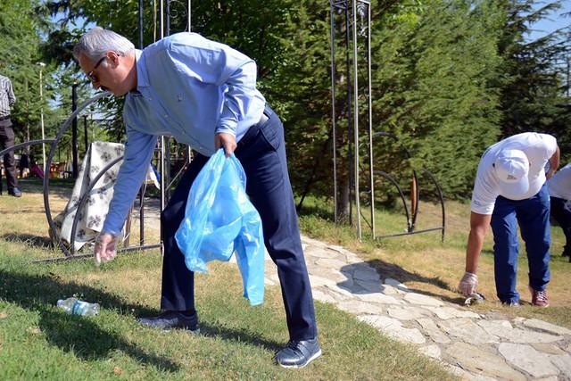21-07-2019-belediye-halk-el-ele-temizlik-4-Copy