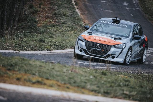 Des Débuts Réussis Pour La Peugeot 208 Rally 4 ! 208-Peugeot-Sport-Tom-Pages-0544