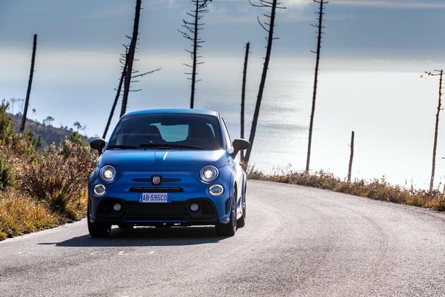 2015 - [Fiat] 500 Restylée - Page 24 FC68-B0-E9-5-C10-43-A1-A52-D-6-ED680-EB6-DF2