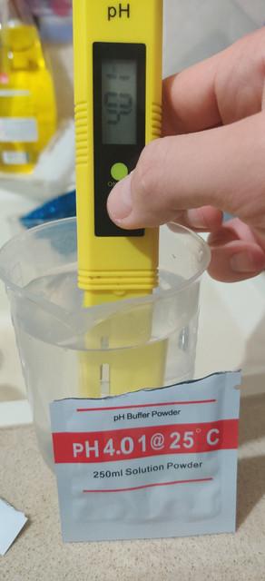 4.01 pH solution.jpg