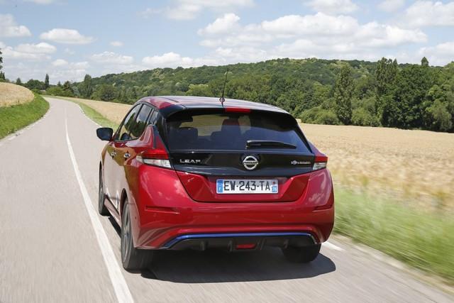 Nissan LEAF accessible Dès 16.990 € Pour Célébrer Ses 10 Ans  426230181-3-6-source