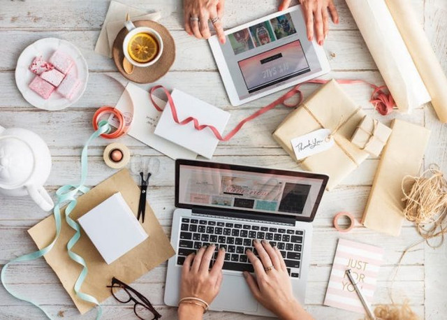the advantages of selling online businesses
