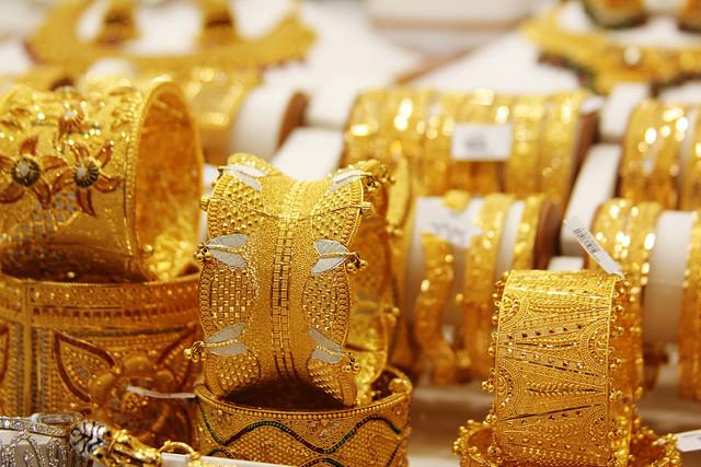 Dubai-Gold-Jewellery-Shopping-Dubai-UAE