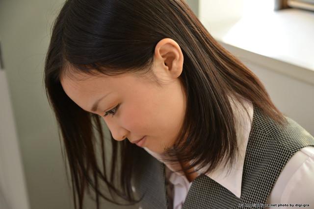 Yuzuki-Ai-2-013