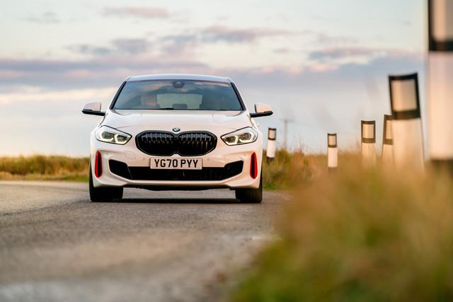 2018 - [BMW] Série 1 III [F40-F41] - Page 32 00-BAFA3-D-4-B92-4-B88-8-C73-19-E7-F02-A0-FDC