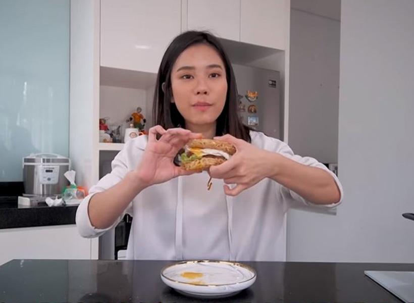 Mukbang - Jessica Jen