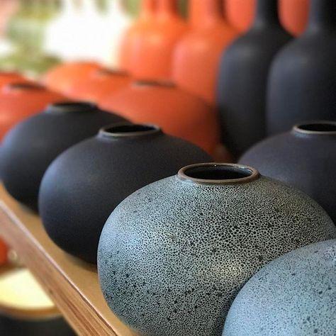 Modern ceramic vase pin.