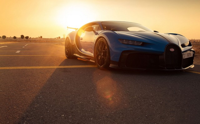 Bugatti Chiron Pur Sport – premiers tours d'essai à Dubaï  Pur-sport-dubai-10-v2