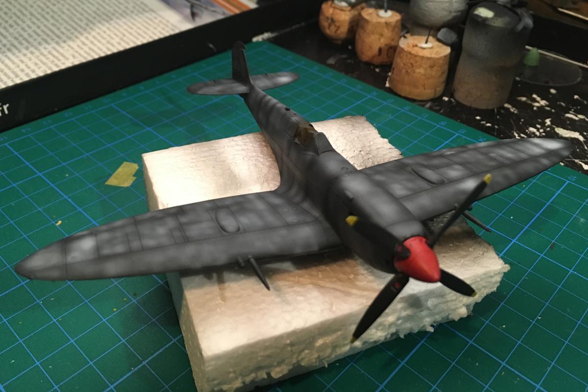 Spitfire Mk IX - Eduard 1:72 - Page 2 IMG-1607