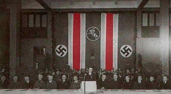 Заседание Белорусской центральной рады  в Минске. 1943-1944 годы.