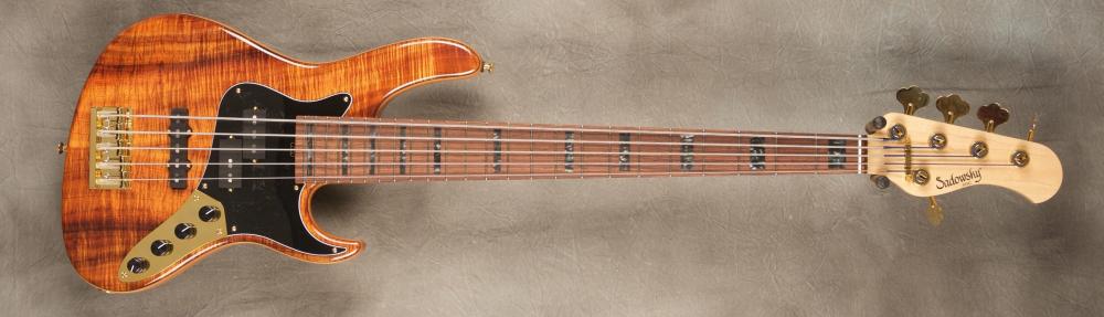 Porque é tão difícil achar P-bass, 24 frets, 5 cordas? Sadowsky