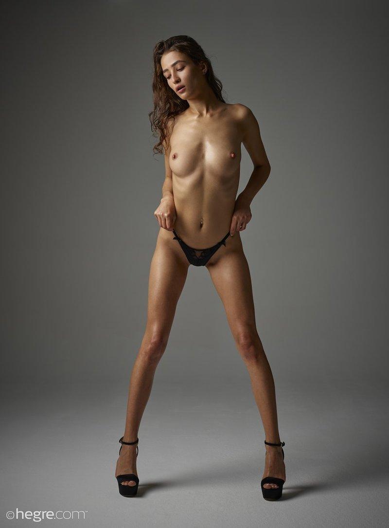 brunette-bombshell-sashenka-takes-off-her-black-lingerie-to-expose-her-assets-08-w800