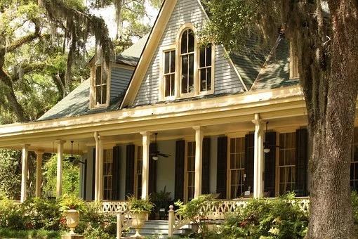 Balkon odgrywa rolę reprezentacyjną oraz jest zapowiedzią tego, co gość będzie mógł zastać we wnętrzu naszego domostwa.