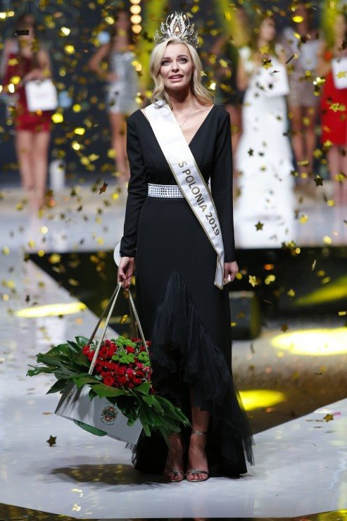 Road to Miss Polonia 2019 (POLAND WORLD 2020) 76678350-2582778895141704-6937229836469403648-n