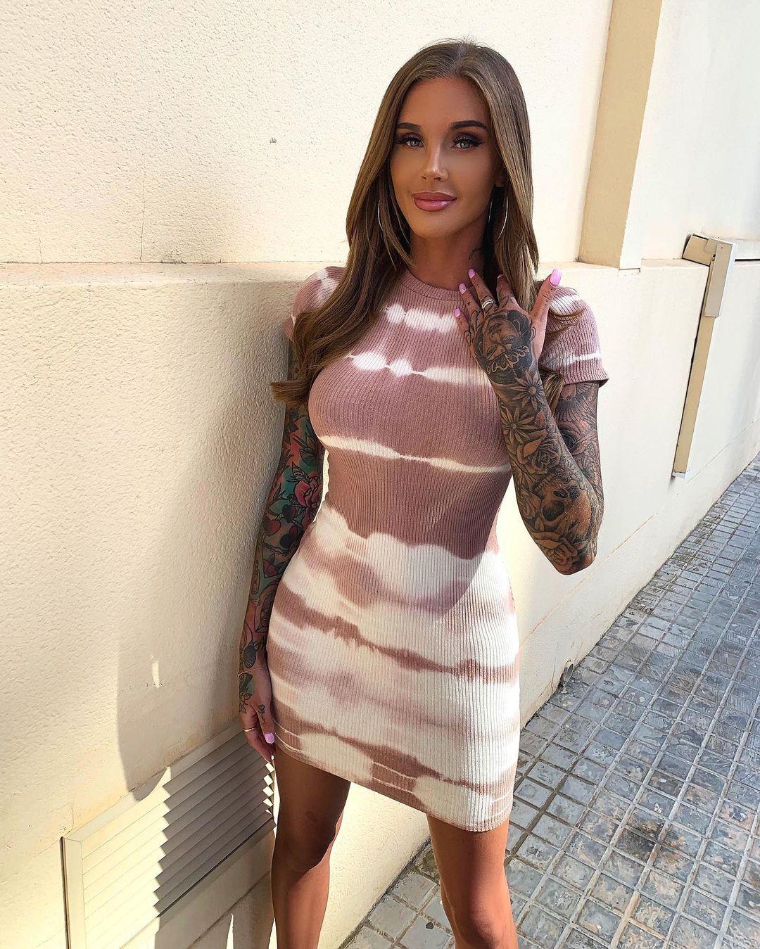 Lauren-Houldsworth-Wallpapers-Insta-Fit-Bio-3