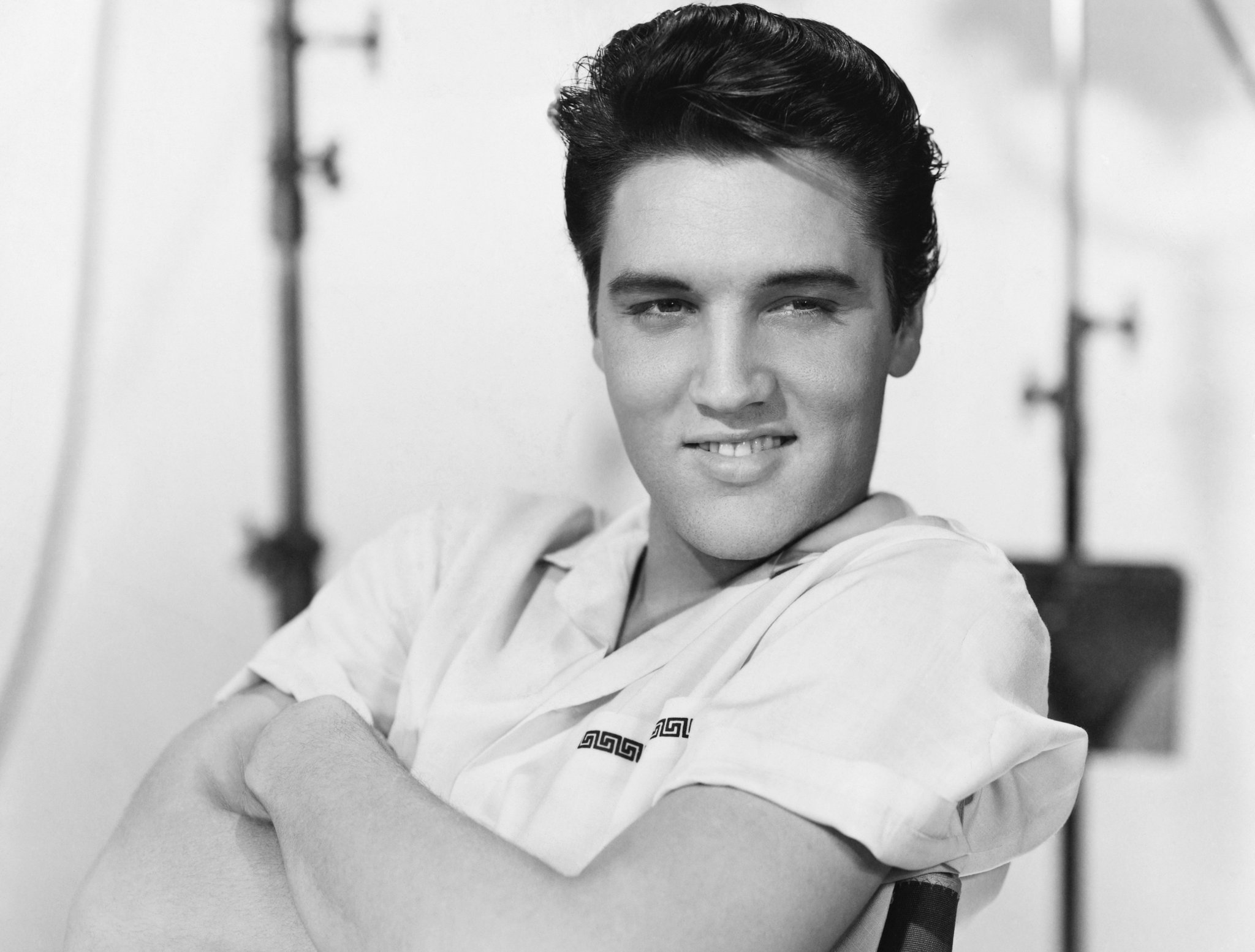 elvis-presley-elvis-is-back