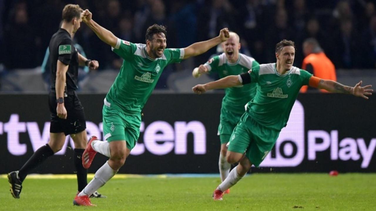 Claudio Pizarro: FIFA lo destaca como el anotador más veterano de la Bundesliga
