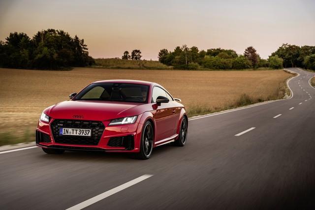 Accent sportif : l'Audi TTS competition plus A208496-medium