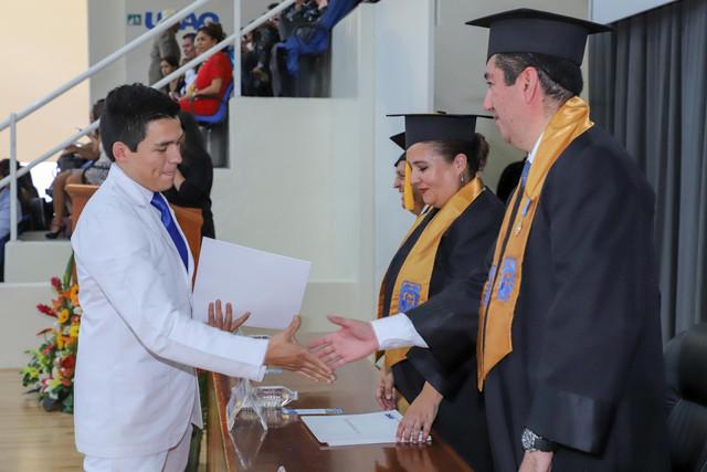 Graduacio-n-Medicina-65