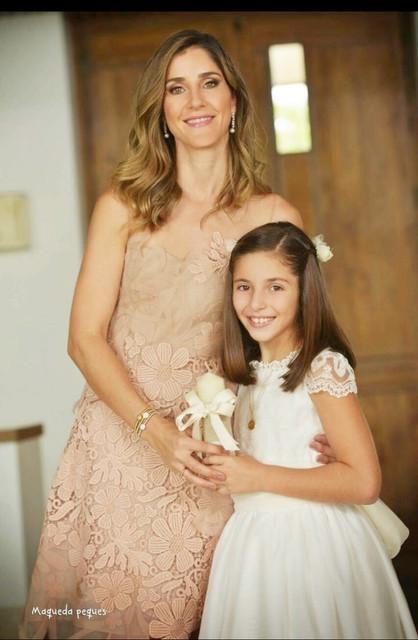 vestidos-de-comunion-Leonor-y-Sofia-comuniones