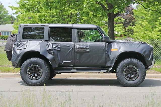 2020 - [Ford] Bronco VI - Page 8 4-EF0-AE81-1344-42-D0-961-C-2796236-BD3-E3