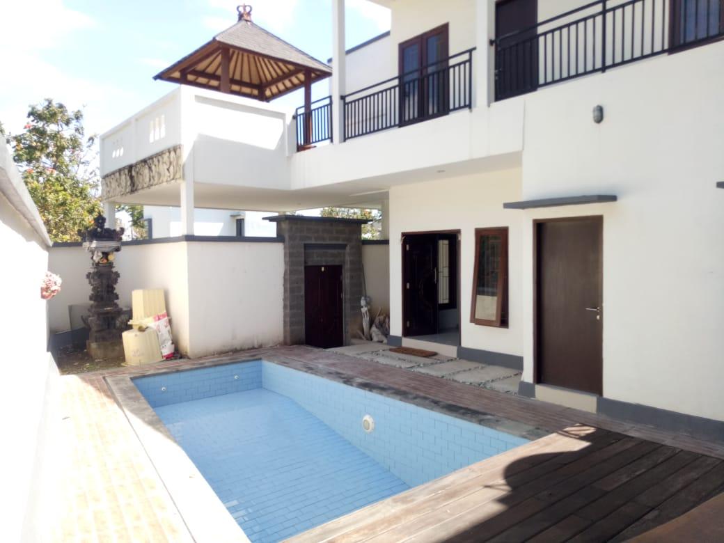 5 BEDROOMS HOUSE IN NUSA DUA - BALI