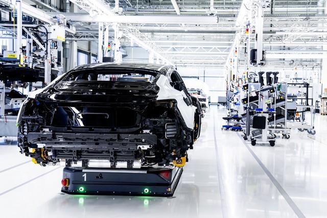 L'Audi e-tron GT entre en production : la production neutre en carbone commence à l'usine de Böllinger Höfe A206048-medium
