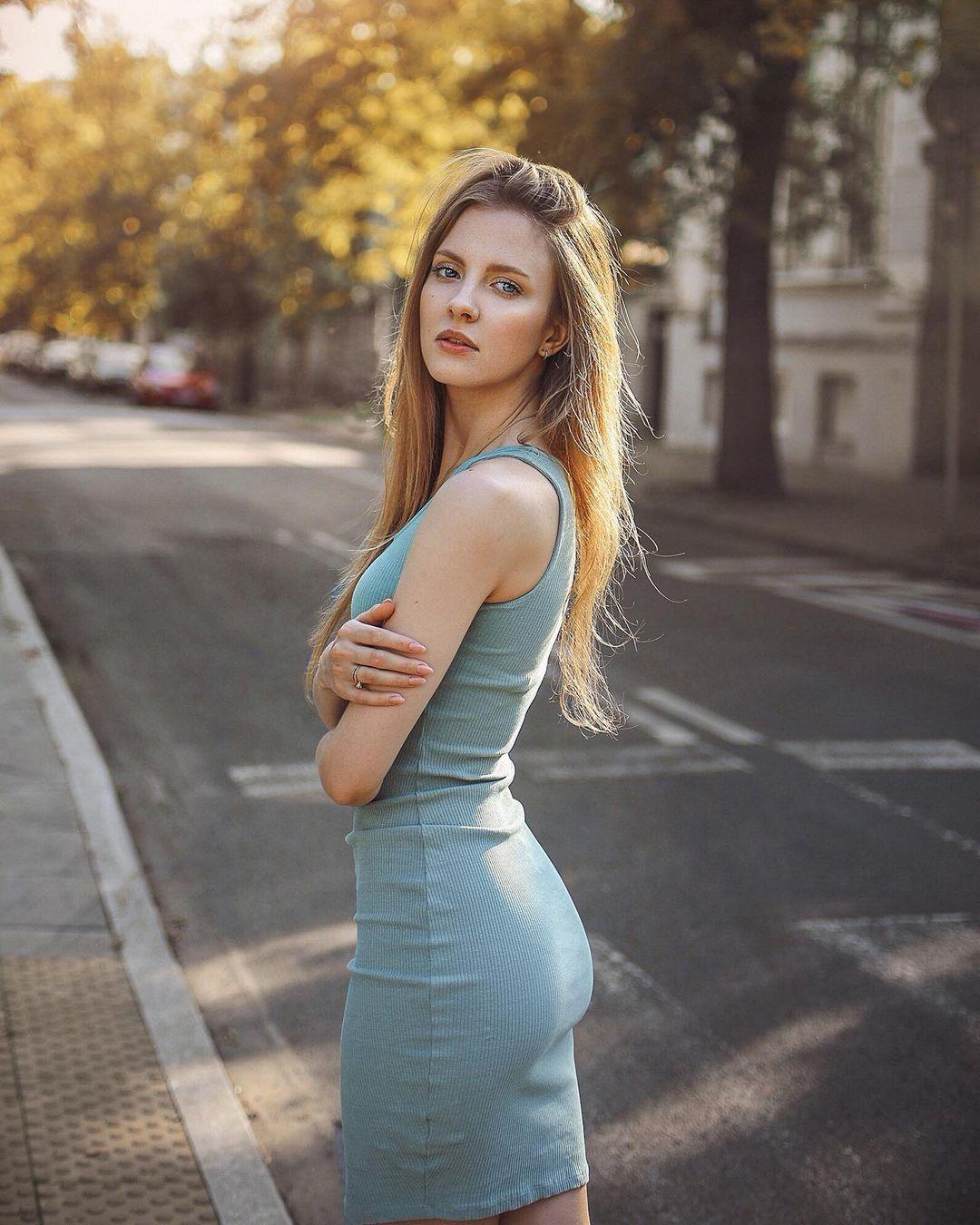 Nicole-marie-j-Wallpapers-Insta-Fit-Bio-1