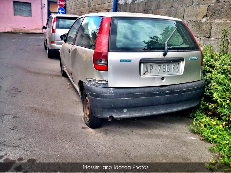 Auto Abbandonate - Pagina 19 Fiat-Punto-S-1-1-54cv-97-AP796-KK-162-588-28-9-2017