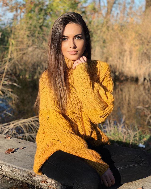 Photo-by-Izabela-Ion-on-November-1