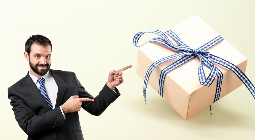 8 Best Corporate Gifts To Give Your Employees