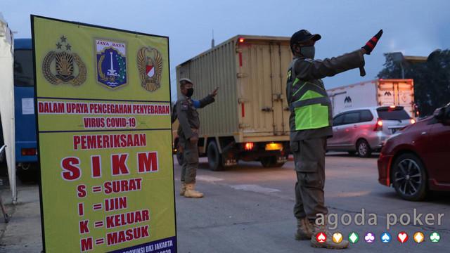 SIKM Jadi Syarat Masuk Jakarta Efektif Redam Lonjakan Covid-19?